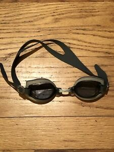 Boys/Girls Nike Challenger Jr. Swim Swimming Goggles Grey Gray