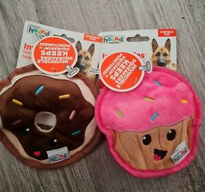 Outward Hound Invincibles Cupcake & donut Squeaky Dog Toy Mini