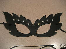 LEATHER MASQUERADE MASK,(CATS EYES)