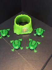 2423E) Cranium Balloon Lagoon Frog Pod & Frogs Replacement Part