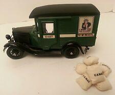 VINTAGE DANBURY MINT DIECAST MODEL CAR 1931 US MAIL TRUCK + MAIL BAGS