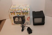 """Vintage Tote Vision Tv To Go Hy-5705 5"""" B&W Screen"""