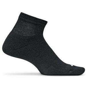 Feetures! Therapeutic Light Cushion Quarter Socks
