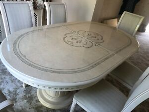 Luxury Italian Cream Gloss Dining Table and 6  Chairs