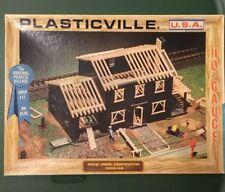 PLASTICVILLE HO SCALE 2803-149 HOUSE UNDER CONSTRUCTION