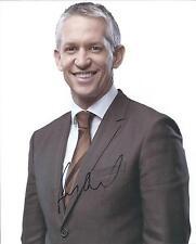 Gary Lineker autograph - signed photo England footballer MOTD
