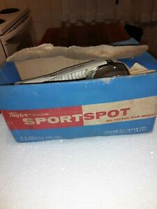 VINTAGE  TAYLOR SPORT SPOT BOAT LIGHT 12V966 SIDE MOUNT IN BOX