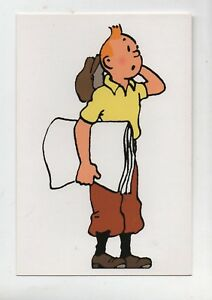 Carte postale Tintin des journaux sous le bras - Moulinsart 101 - (réf. 23/36)