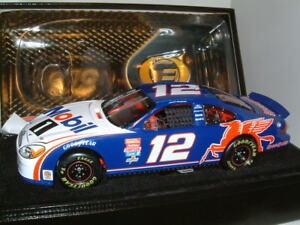 1/24 FORD TAURUS NASCAR #12 JEREMY MAYFIELD MOBIL 1  DIECAST 2001