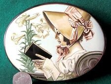 Russian Large Hand Painted LACQUER Box LADY Reading a Book signed Papier Mache