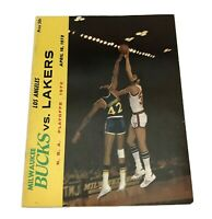 Vtg 4/16/1972 Milwaukee Bucks L.A Lakers NBA Playoff Basketball Program Unscored