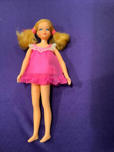 SKIPPER DOLL. (BARBIE COLLECTION) LIVING #1117. 1970/71. PINK NIGHTIE. (SD-66).