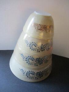 Pyrex Homestead Mixing Bowl Set of 3 VTG. & 1 Sm. Mushroom Design Bowl VGUC USA