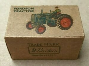 Britains Lilliput Fordson Tractor LV604 - reproduction box