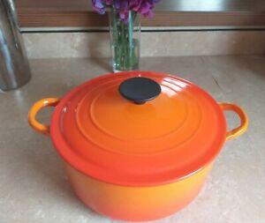 VINTAGE Le Creuset  Casserole dish round cast Iron size 22cm D Volcanic Orange