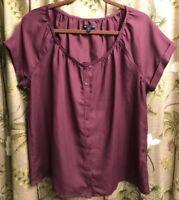 Gap Wm's Large Boho Peasant Plum Purple Shirt Top Pearled Buttons Lace Trim S/S