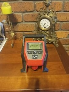 MILWAUKEE 12V COMPACT INFLATOR IN EXCELLENT CONDITION