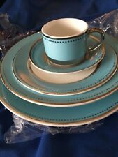 Darbie Angell Lauderdale 5 Piece Place Setting New Sample Make Offer Blue Silver