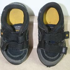 r- Shoes Baby/Toddler Sz 5 Velcro Close Tennis Shoes By Champions