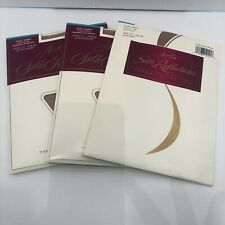 Hanes Silk Reflections Pantyhose Lot of 3 CT Sandalfoot Size EF Little Color New
