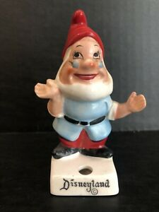 DOC Vtg DISNEYLAND Snow White Walt Disney Productions Pencil Holder