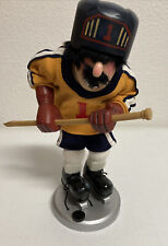 Zims Heirloom Collectibles 2000 Hockey Player Nutcracker