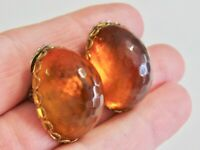GLOWING VINTAGE HONEY AMBER LUCITE OVAL DOME HONEYCOMB BUTTON CLIP ON EARRINGS