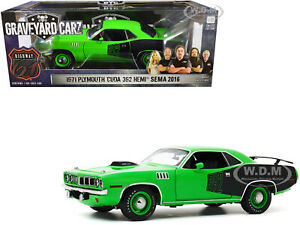 "1971 PLYMOUTH BARRACUDA GREEN ""GRAVEYARD CARZ"" 1/18 DIECAST CAR HIGHWAY 61 18017"