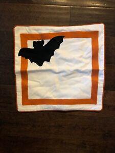 NWOT POTTERY BARN KIDS HALLOWEEN Bat Appliqué PILLOW COVER SHAM 16 X 16