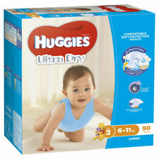 Huggies 25567134 Ultra Dry Nappies for Boys Size Crawler - 90 Pieces