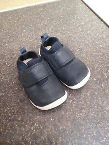 Clarks boys  First Shoes cruisers  Excellent 3G Excellent