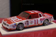 CHEVROLET M.CARLO 85 N°11 BUDWEISER. Darrell Waltrip: NASCAR-CHAMPIONS1985 1:43
