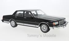 Chevrolet Caprice schwarz 1987 - 1:18 MCG