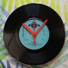 """Donna Summer """"I Feel Love"""" Retro Chic 7""""Vinyl Record Wall Clock"""