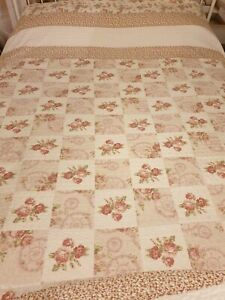Chateau Scallop Edged Patchwork Quilted Throw/Rapport Home Furnishing/king size