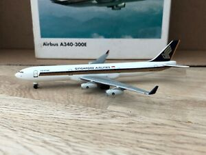 Singapore Airlines A340-300E 1:500 (Reg n/a) 504553 OG Herpa Wings