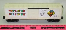 """lionel new 6-16241 Toys """"R"""" Us boxcar"""
