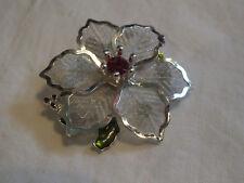 Beautiful Brooch Pin Flower Shape Silver Tone Mesh Green Enamel Red Rhinestone