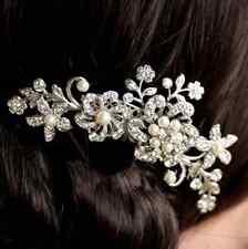 Accessoires mariage pour cheveux: Peigne cascade de fleurs perles strass