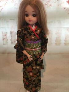 Takara Japan Licca doll 22.5 cm tall in Cotton Kimono & Obi, Geta - Doll 1 of 5