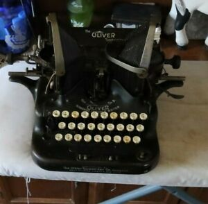 RARE Vintage Antique The Oliver Typewriter No. 5 Standard Visible Writer Batwing