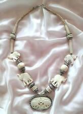 Collana africana in osso e argento