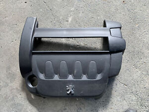 Peugeot 307 T6 series top engine cover