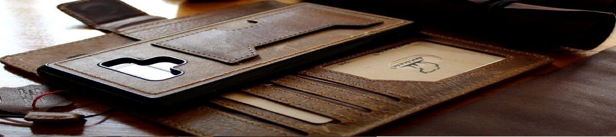 Davis Leather Case