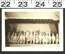 VINTAGE OLD 1946 B & W PHOTO/KIDS ON STAGE FOR SUNDAY SCHOOL PLAY (1664)