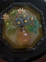 BEAUTIFUL VINTAGE 70's LUCITE ACRYLIC RESIN MOLDED FLOWERS WALL HANGING PLAQUE