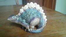 Windstone Editions Dinosaur ( baby stega ) Pena 84 Retired