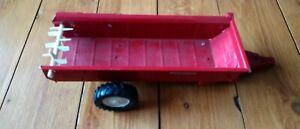 ERTL INTERNATIONAL TRACTOR Trailer RED POWER 1586 1/16, DIE CAST 492-7950