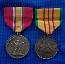 VINTAGE LOT OF 2 MILITARY MEDALS- REPUBLIC OF VIETNAM & NATIONAL DEFENSE SERVICE