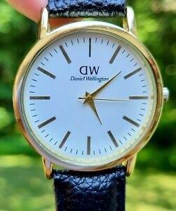 Daniel Wellington Men's Watch, 38mm Dial, New Battery, Keeping Perfect Time